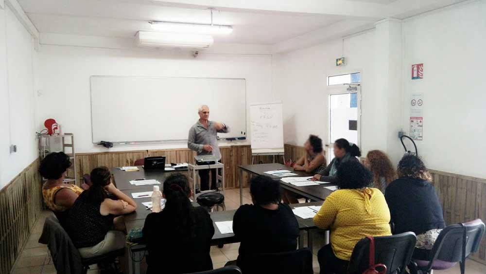 Salle de cours durant une formation MAC ASD